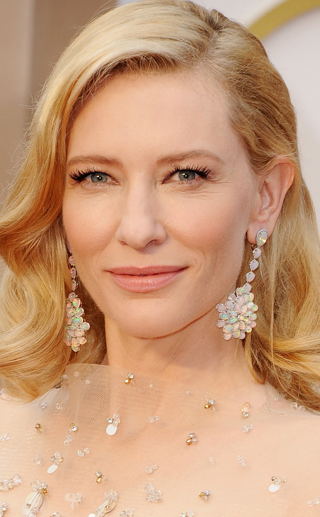 rs_634x1024-140302202649-634.Cate-Blanchett-Earings-Oscars-jmd-020314_copy